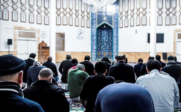 imam-ali-moskeen-fredagsbønnen